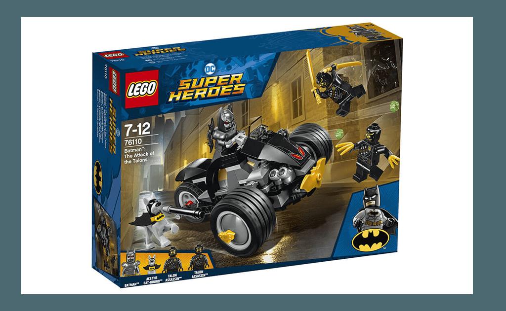 Невеликий сет ЛЕГО 76110 - новинка другого півріччя 2018 року - зіштовхне Бетмена і його вірного Бет-пса з двома чорними лиходіями, яких звуть Талони (з наголосом на першому складі).