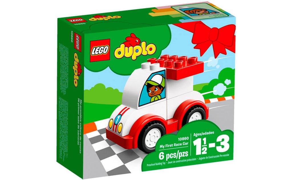Маленькі гонщики радісно й невтомно складатимуть набір «Мій перший гоночний автомобіль».