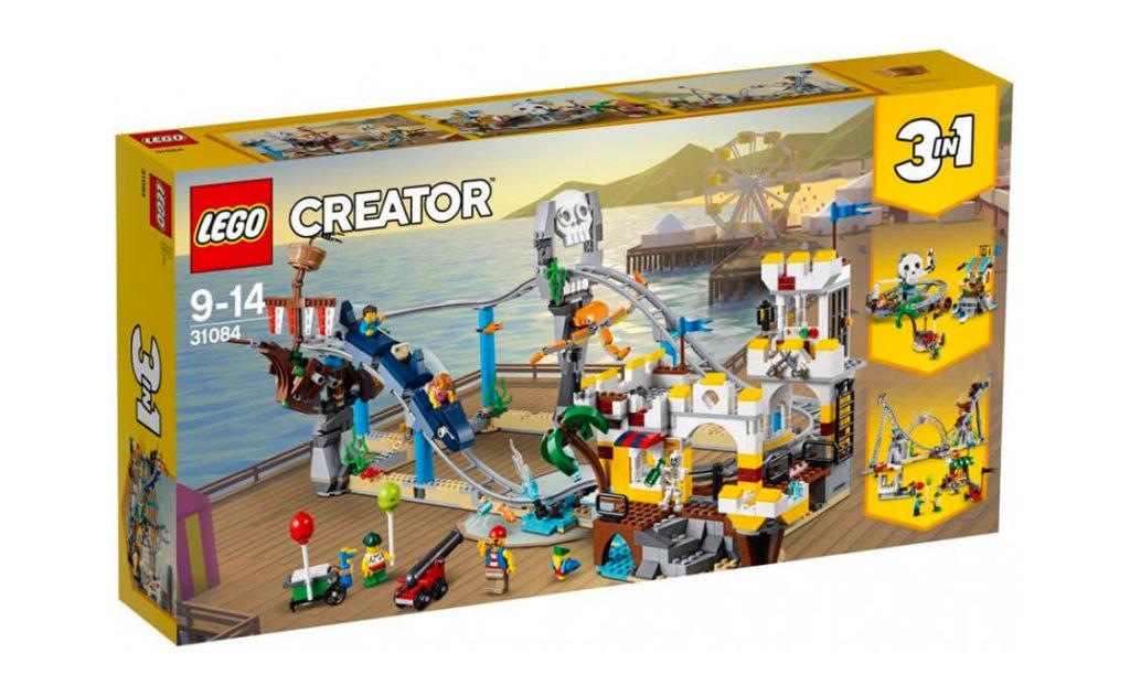 Купуй у касі квиток і готуйся до незабутніх вражень на піратських гірках із набору 3в1 серії LEGO® Creator (31084)! Сідай у вагончик-акулу та міцно тримайся – рушаємо!