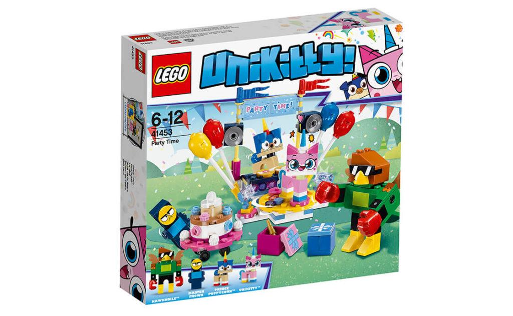 Це набір «Вечірка в Унікоролівстві» серії LEGO® Unikitty™! (41453), і наші улюблені друзі розважаються на повну!